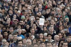 Demo Tolak Lockdown, Warga London Bentrok dengan Polisi…