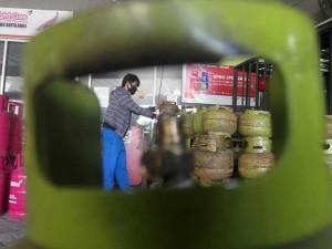 DPR Minta Pemerintah Tingkatkan Volume LPG 3 Kilogram Pada 2021