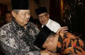 Polisi Bubarkan Acara KAMI di Surabaya saat Gatot Nurmantyo di Podium