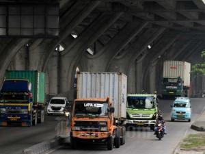 Aktivitas Truk Logistik Hingga Akhir 2020 Diprediksi Menurun 60 Persen