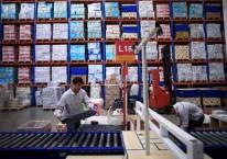 Ilustrasi aktivitas di properti logistik atau pergudangan./Reuters