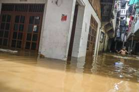 Covid-19, Musim Hujan, dan Ancaman Klaster Bencana