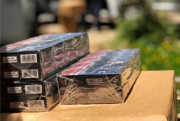 Bea Cukai Malang Tindak Ratusan Ribu Batang Rokok Ilegal di Berbagai Toko