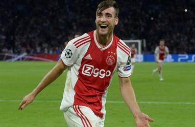 Manchester City Lirik Bek Timnas Argentina Tagliafico dari Ajax