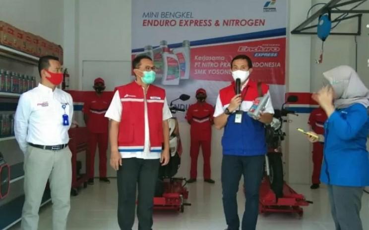Peresmian Bengkel EX di SMK Yosonegoro.  - ANTARA