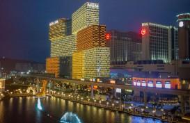 Pasar Residensial Makau Ambruk Terseret Hong Kong