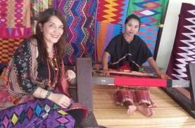 Rayakan Hari Batik, Perancang Busana Dorong Wastra…