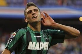 Gasak Crotone 4–1, Sassuolo Pimpin Klasemen Serie…
