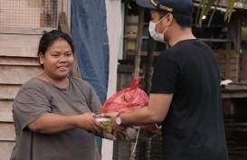 Bea Cukai Nanga Badau Peduli Warga yang Terkena Banjir di Perbatasan RI-Malaysia