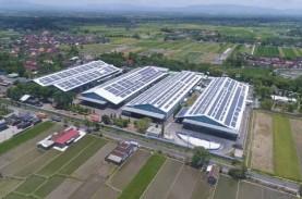 Danone-Aqua Targetkan Pasang PLTS Atap di 17 Pabrik