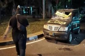 Demo Tolak UU Cipta Kerja Rusuh, Mobil Polrestabes…
