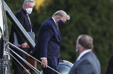 Trump Hentikan Pembahasan Stimulus, Para Ekonom Khawatir