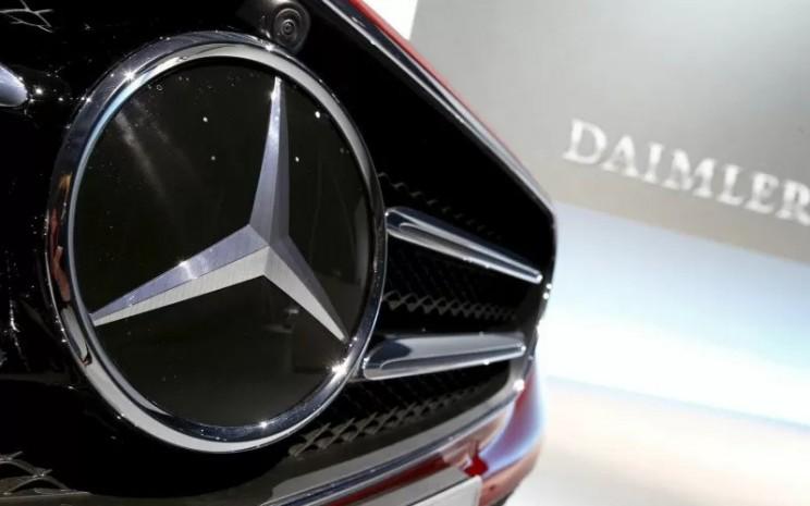 Logo Daimler.  - ANTARA