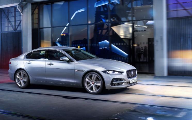 Jaguar XE. Jaguar