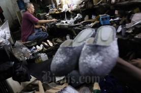 Kinerja Industri Tekstil dan Alas Kaki Bertolak Belakang