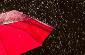 Cuaca Jakarta 9 Oktober, Hujan Disertai Kilat