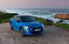 Peugeot e-208 Gondol Gelar Electric Small Car of the Year