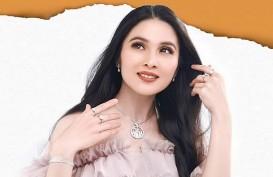 Tips Merawat Kulit Cantik ala Sandra Dewi