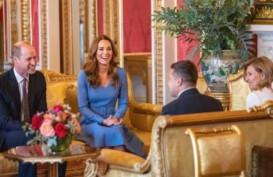 Tampil Serasi Saat Bertemu Presiden Ukraina, Kate Middleton Pakai Kalung Putri Diana?