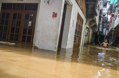 Seribuan Orang Mengungsi Akibat Banjir di Selatan Garut