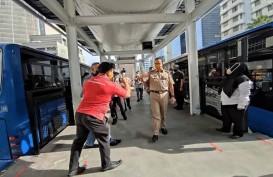Dirusak Massa Demo UU Cipta Kerja, Pemprov DKI Rampungkan Renovasi Halte  Transjakarta