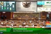 DPR Belum Juga Setor Draf UU Cipta Kerja ke Presiden, Ini Pengaruhnya