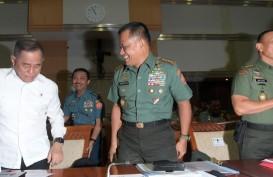 Historia Bisnis: Politik Kekuasaan Istana Menyeret Militer