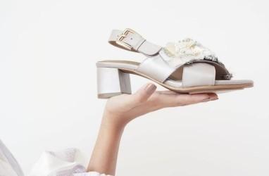 Melejitkan Bisnis Sepatu Bertabur Manik