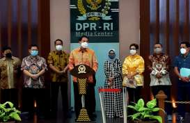 Draf UU Cipta Kerja Rampung, Azis: Tidak Ada Pasal Selundupan