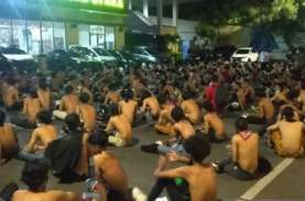 Demo UU Cipta Kerja: Ratusan Pelajar Terjaring Polisi,…