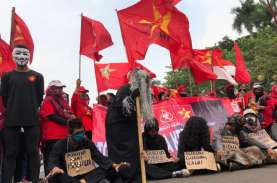 Demonstran Penolak UU Cipta Kerja Mulai Ritual Santet…