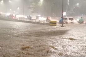 Banjir DKI: 7 RT Terendam dan 19 Jalan Tergenang Air,…