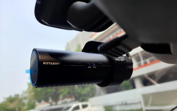 Dashboard Camera (Dashcam) Blackvue Cloud seri SPA98001.  - Mitsubishi Indonesia