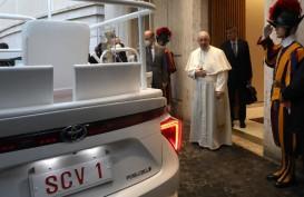 Paus Fransiskus Punya Mobil Baru : Toyota Mirai Hidrogen