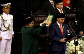 1 Tahun Jokowi-Ma'ruf: Realisasi Janji Transformasi Ekonomi Terganjal?