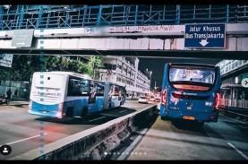 Demo UU Cipta Kerja, Cek Modifikasi Rute Transjakarta…
