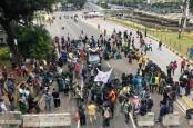 Mahasiswa BEM SI Mulai Berorasi di Kawasan Patung Kuda, Jakarta Pusat