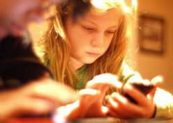 6 Cidera Yang Dirasakan Pengguna Smartphone