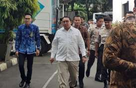 1 Tahun Jokowi-Ma'ruf Amin, Fadli Zon Soroti Warisan Utang hingga Omnibus Law