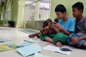 1 Tahun Jokowi-Ma'ruf : Salah Fokus Kominfo
