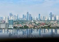 Jajaran gedung perkantoran di Jakarta, Senin (24/8/2020). Bisnis/Abdurachman