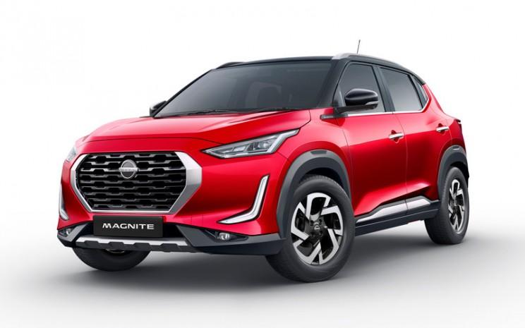 Nissan Magnite. Magnite adalah kombinasi dari kata magnetic dan ignite, yang membangkitkan semangat era baru di India dan pasar berkembang lainnya di seluruh dunia.  - Nissan