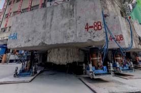 Wow, Gedung Seberat 7.000 Ton Dipindahkan dengan 'Berjalan…