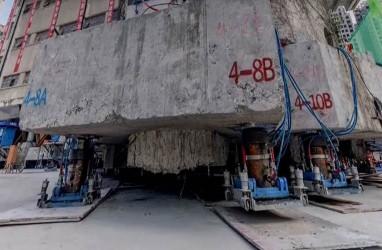 Wow, Gedung Seberat 7.000 Ton Dipindahkan dengan 'Berjalan Kaki'