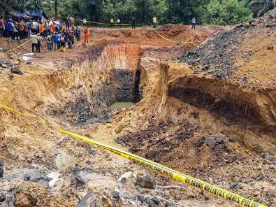 11 Orang Meninggal Akibat Tambang Batu Bara Ilegal di Muara Enim Longsor