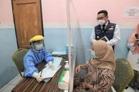 Ridwan Kamil Pantau Simulasi Pemberian Vaksin Covid-19…
