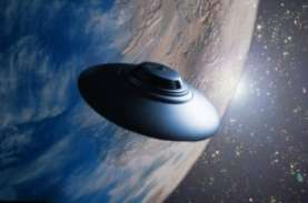 Astronom : Alien Mungkin Telah Memantau Bumi