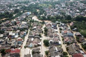 Kali Cikeas Meluap, Sejumlah Wilayah di Bekasi Terendam Banjir