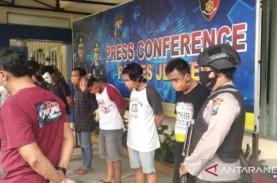 Lima Orang Jadi Tersangka Perusakan DPRD Jember saat…