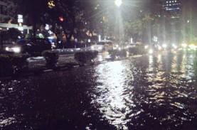 BPBD DKI: Hujan Lebat Disertai Petir dan Angin Kencang…